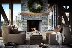 A Cozy Mountain Home in Norway (Gravity Home) Chalet Design, Cabin Design, House Design, Wooden Cottage, Wooden House, Home Design Plans, Home Interior Design, Modern Scandinavian Interior, Gravity Home