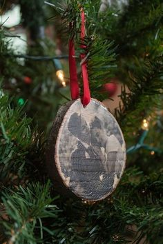 Wood Photo Transfer Ornaments  •  Free tutorial with pictures on how to make a Christmas tree ornament in under 60 minutes