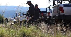 En un comunicado, la PGJE dio a conocer que elementos policíacos Michoacán acudieron a la comunidad de El Bordonal, en donde se había reportado la presencia de hombres armados; donde ...
