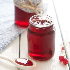 Ribsgelé - 2 glas, ca 3 dl i alt Jam Recipes, Canning Recipes, Dessert Recipes, Desserts, Chutneys, Smoothie, Danish Food, Sweet Sauce, Eat Smart