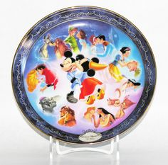 Magical Disney Moments Once Upon a Kiss First Issue Collector Plate