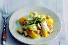 Polentové noky | Apetitonline.cz Polenta, Tofu, Cantaloupe, Potato Salad, Eggs, Potatoes, Fruit, Breakfast, Ethnic Recipes