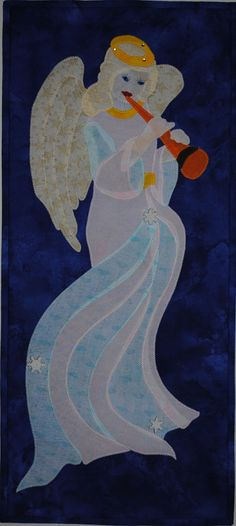 Herald Angel  Quilted Holiday Wall Hanging Pattern by JenKariArts,