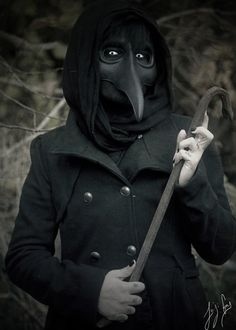 The Plague Doctor - Scary halloween costume
