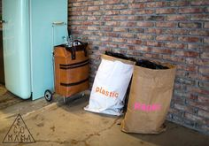 Cool eco hotel in Amsterdam - Ecomama Amsterdam Pictures, Hostel, Trip Advisor, Eco Friendly, Cool Stuff, Recycling, Concept, Magic, Recyle