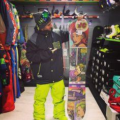 Completo #snowboard #DCshoes #snowboard tone giacca DCLA pantaloni banshee #boots scout #maschera #OutOf  Puoi acquistare sul nostro #shop #online www.lm-snowboardstore.it