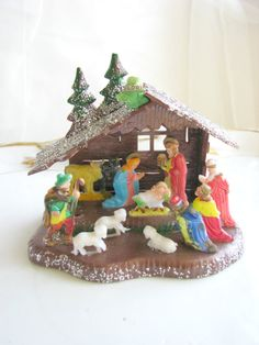 Vintage Nativity Scene Set Plastic I still have mine from my Childhood. I thought it was the most beautiful trinket I owned. Christmas Nativity, Christmas Past, Retro Christmas, Vintage Holiday, Christmas Crafts, Christmas Decorations, Christmas Ornaments, Vintage Decorations, Felt Ornaments