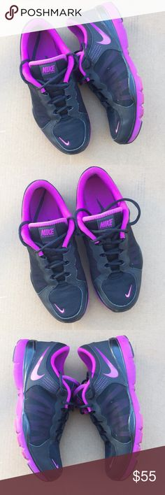 Nike Flex TR 2 Nike Flex TR 2 Size 8. Like New. Accepting reasonable offers Nike Shoes Sneakers