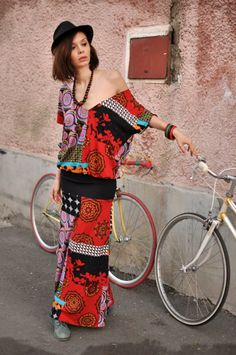 Dressing the bicycles: dress by Damasquin Handmade Dresses, Bicycles, Dressing, Summer Dresses, Fashion, Moda, Summer Sundresses, La Mode, Bicycle
