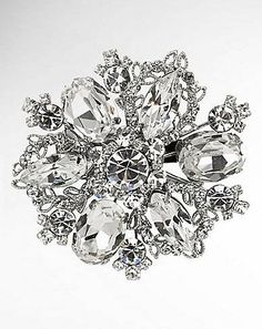 Professionelle: Treasure Floral Crystal Brooch
