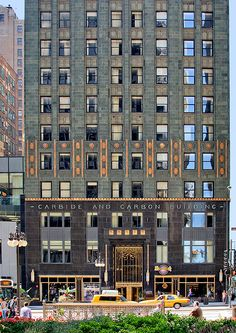 Carbon and Carbide Building, Chicago, IL