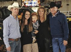 Bubba Strait & wife Tamara, Their son George Strait III (Harvey), and Norma & George at the 2013 Team Roping Classic in San Antonio. Best Country Singers, Country Music Artists, Strait Music, George Strait Family, Jesse James, Country Men, Cool Countries, King George, Rey