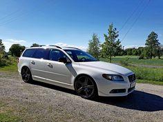 garage | Volvo V70 2,5 ft R-Design Limited Edition (2011)
