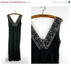 50 OFF Until July 31st Vintage 1960s Black by Dirty30Vintage, $20.75