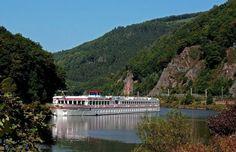 Immer mehr Besucher kommen mit dem Hotelschiff ins Saarland, Germany.