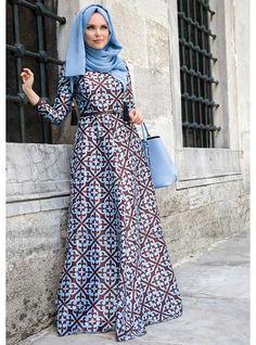 Beautiful baby blue and chocolate dress, modern islamic fashion, from Turkey. Batik Fashion, Abaya Fashion, Modest Fashion, Fashion Outfits, Mode Unique, Mode Simple, Abaya Style, Muslim Dress, Hijab Dress