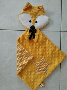 baby kid clothes and ideas Doudou Carr tte Renard Jaune Handgemachtes Baby, Diy Baby, Baby Toys, Baby Sewing Projects, Sewing For Kids, Fabric Toys, Fabric Crafts, Sewing Toys, Sewing Crafts