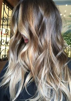 Styling Tips for Long Hairstyles 2018 with Hair Colors