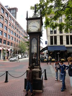 clock in gass town