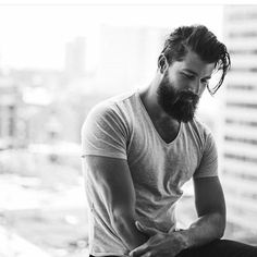 of Perfect Beard Styling is not just about growth but proper maintenance. Importance of Perfect Beard Stylingis not just about growth but proper maintenance. Importance of Perfect Beard Styling Bart Tattoo, Bart Styles, Sexy Bart, Mode Man, Perfect Beard, Great Beards, Awesome Beards, Moustaches, Beard No Mustache