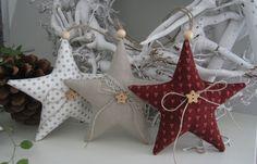 * 3 teiliges Weihnachtsset* Drei süsse Weihnachtssterne aus farblich aufeinander abgestimmten Leinen- und Patchworkstoffen für den Weihnachtsbaum,den Weihnachtskranz, Weihnachtsstrauß oder als...