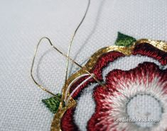 Floral Embroidery Pattern for Beginners - Craft & Patterns Rose Embroidery, Custom Embroidery, Embroidery Thread, Embroidery Patterns, Embroidery For Beginners, Embroidery Techniques, Hand Embroidery Tutorial, Goldwork, Embroidered Silk