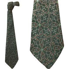1930s - 1940s Dark Green Necktie Depression Era Clothing Neck Tie from toinetterl on Ruby Lane