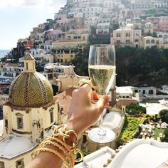 Can't get over yesterday's incredible view at lunch in Positano. #endlesssummer #positano #italy