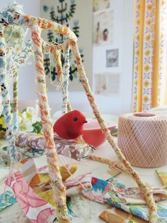 fabric wrapped around lamp shade Cover Lampshade, Wire Lampshade, Lampshades, Lampshade Decor, Wire Crafts, Diy And Crafts, Craft Projects For Kids, Projects To Try, Decorative Lamp Shades