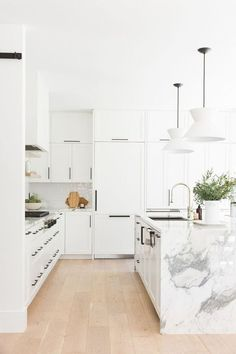 Kitchen Interior Remodeling White cabinets White Island white kitchen marble minimalist interior design home decor - Take a tour through this space and see how we bring spaces together on the main floor! Classic Kitchen, New Kitchen, Kitchen Decor, Kitchen Dining, Kitchen Ideas, Copper Kitchen, Kitchen Storage, Floors Kitchen, Rustic Kitchen