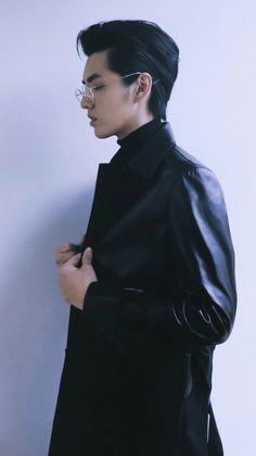 Beautiful Boys, Beautiful People, Exo Songs, Kris Exo, Wu Yi Fan, Picture Collection, Green Hair, Luhan, Boy Fashion