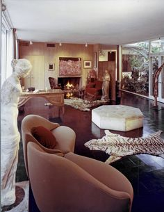 The Menil House, designed by Philip Johnson in 1948, was the first great modernist house in Texas.