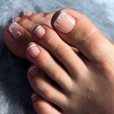 Trendy French Pedicure Novelties of French Design Pedicure, Trends&Photo Ideas Pretty Toe Nails, Cute Toe Nails, Toe Nail Art, Hair And Nails, My Nails, How To Do Nails, Uñas Fashion, Classic Nails, Feet Nails