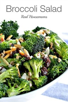 Broccoli salad is a delicious side dish! I& been making this for years during the spring and summer and it& always gone fast! Side Dish Recipes, Vegetable Recipes, Dinner Recipes, Side Dishes, Great Recipes, Favorite Recipes, Summer Recipes, Recipe Ideas, Clean Eating