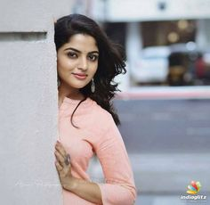 Motionless In White, Cute Beauty, Beauty Full Girl, Indian Actress Photos, Indian Actresses, Kerala, Regina Cassandra, Malayalam Actress, Dimples
