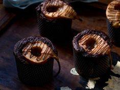 מתכון: עוגות שוקולד אישיות עם אגסים