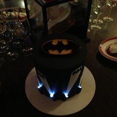 """Ottawa Senators forward Kyle Turris @ kyleturris tweeted this cake photo:  """"Coolest birthday cake ever? #spoiled"""""""