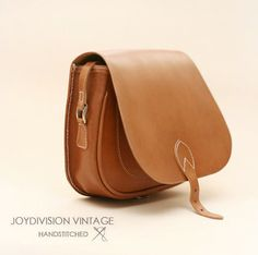 JOYDIVISION VINTAGE Women Bags / Leather Bag / Leather by ionnoi