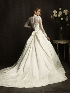 Lace V-Neck Ball Gown Sheer Laced Sleeves Wedding Dress with Chapel Train AB8874