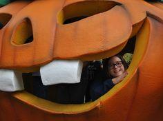 Port Aventura en halloween Halloween, Dead Bride, Adventure, Ballerinas, Spooky Halloween