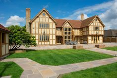 Manor Houses - Border Oak - oak framed houses, oak framed garages and structures. Fancy Houses, Dream Houses, Border Oak, Oak Frame House, Self Build Houses, Oak Panels, Historic Houses, Tudor House, English House