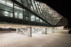 Galería de Aularios Campus Juan Gomez Millas Universidad de Chile / Marsino Arquitectura - 2