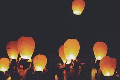 Friendsgiving, Chinese Lanterns