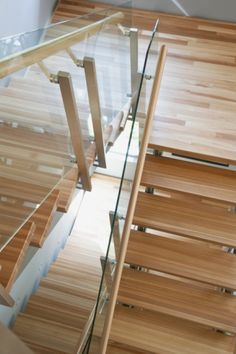 1000 images about stairs on pinterest glass stairs - Glass and wood railing design ...