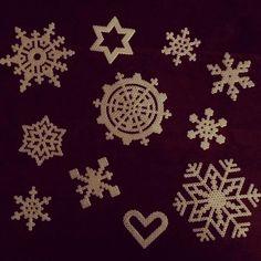 Snowflakes hama beads by elinalyylikki