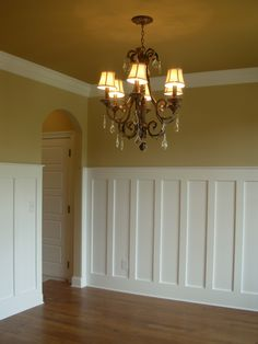 arch doorways, high wainescotting, luxe homes and design, knoxville builder, covered bridge knoxville