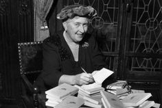 15 Mysterious Facts About Agatha Christie