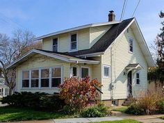 405 Welch Ave  Madison , WI  53704  - $257,900  #MadisonWI #MadisonWIRealEstate Click for more pics