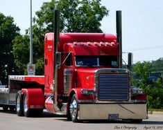 Peterbilt Trucks, Timeline Photos, Big Trucks, Rigs, Funny Pictures, Vehicles, Type 3, Memories, Facebook