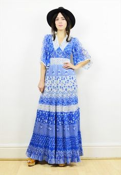 70s+boho+blue+and+white+floral+lace+maxi+dress